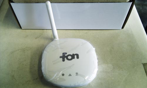 ソフトバンクが無料配布している、fon Wi-Fi ルータ