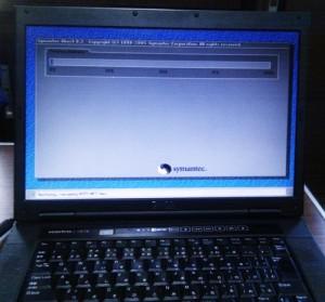DELL Vostro 1510 Windows XP リカバリ