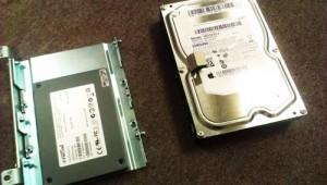 iMac (21.5-inch, Mid 2011) ハードディスクからSSDへ交換