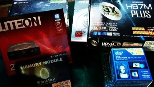 自作PC組み立て依頼。小さすぎず、大きすぎず。そこそこ拡張性のあるPC製作。
