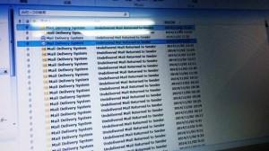 数分おきに宛先不明で返ってくる大量のMail Delivery System。