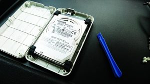 I-O DATA HDPS-U Portable HDD 分解