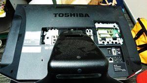 TOSHIBA REGZA PC D731 分解。