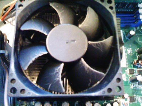 デスクトップパソコン、内部クリーニング。