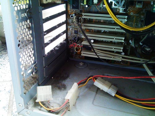 デスクトップパソコン。内部クリーニング その1