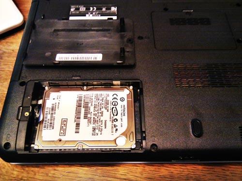 TOSHIBA dynabook ハードディスクからデータ取り出し