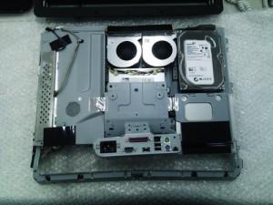 DELL Vostro 320 分解・ハードディスク取り外し