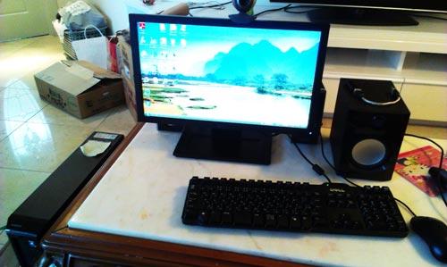 お引っ越し後のパソコンの配線と周辺機器設定。