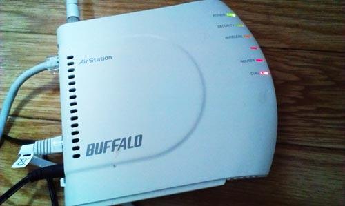 有線LAN、無線LANともにインターネットが繋がらない。