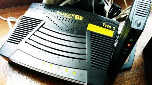 Buffalo 無線ルータとYahoo! BB ADSL トリオモデム。
