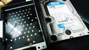 TOSHIBA REGZA PC D731 HDD交換。