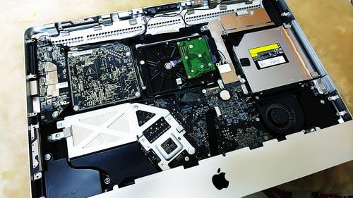 Apple iMac Mid2010 21-inch A1311 分解