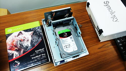 synology DS215j IronWolf Seagate ハードディスク交換